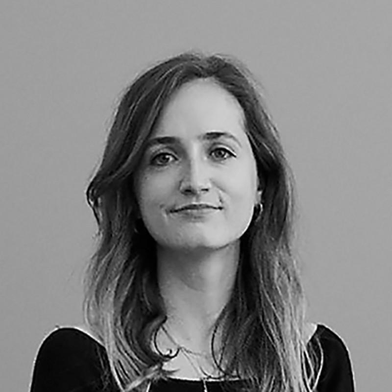 Caroline Bang portrait